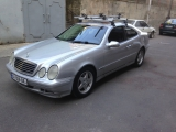 Mercedes-Benz    CLK 230